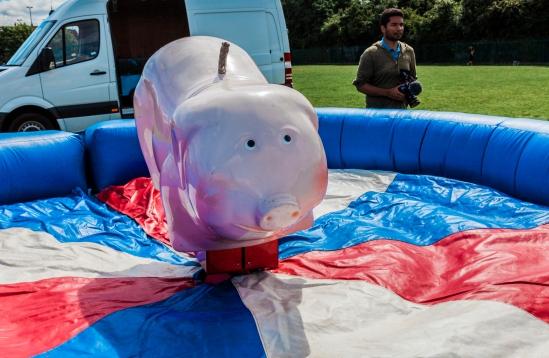 0001 Pig - Giff Gaff Money Fit Challenge